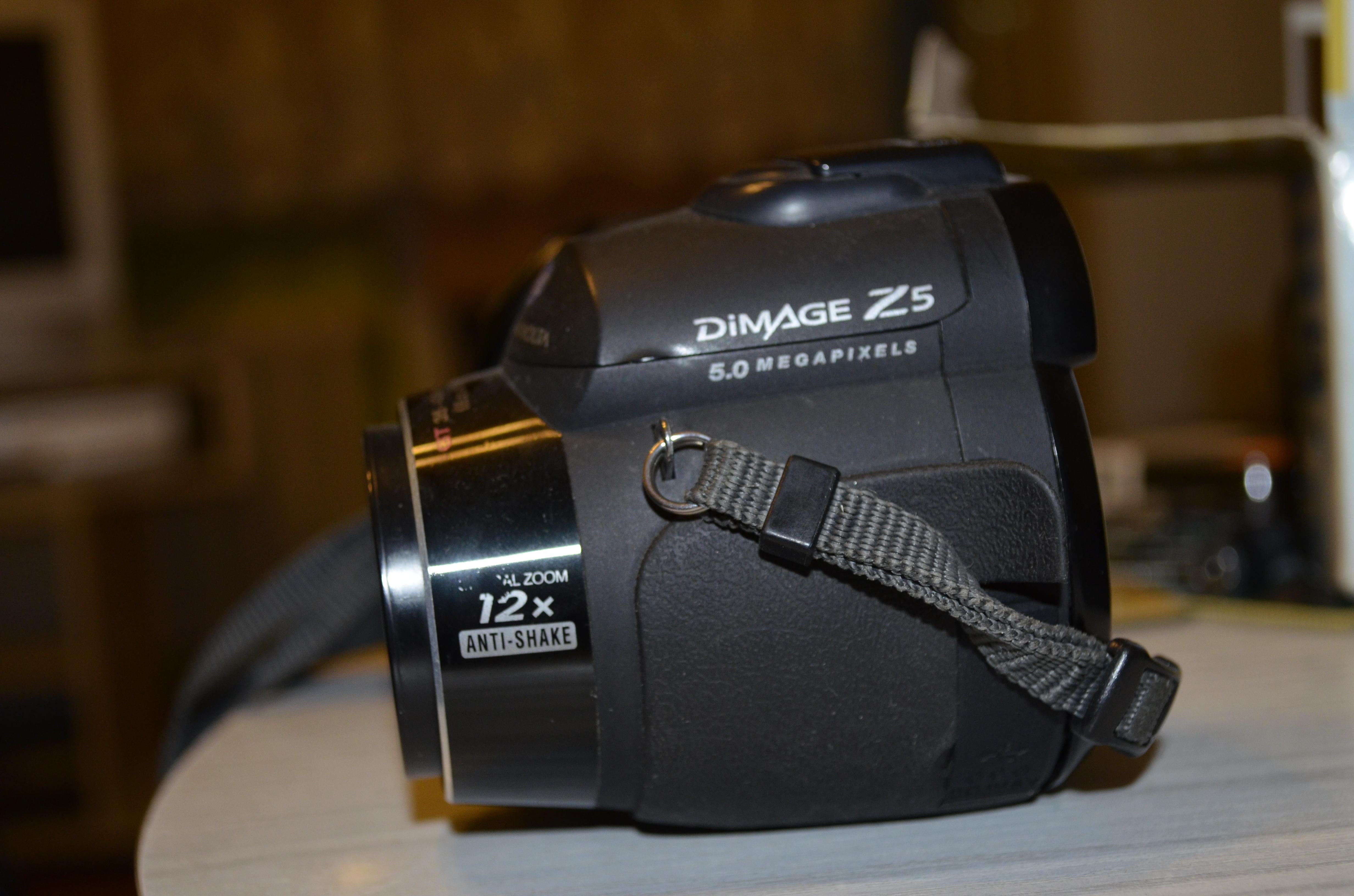 Konica Minolta Z5