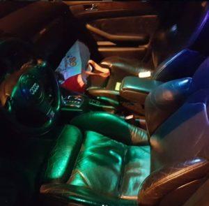 Oświetlenie wnętrza auta